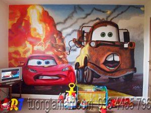 vẽ tranh tường phòng bé ô tô cars 2